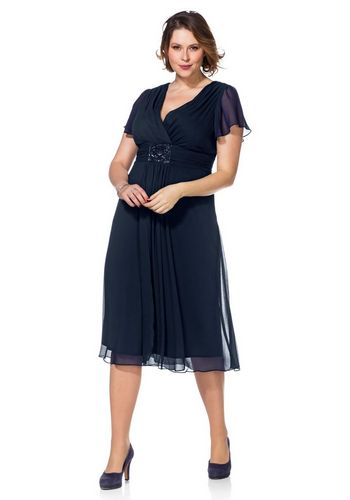 Платье с запахом Sheego