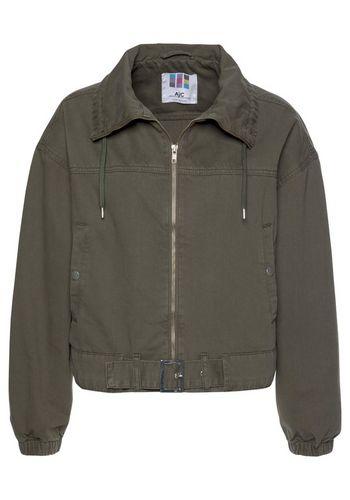 Демисезонная куртка AJC