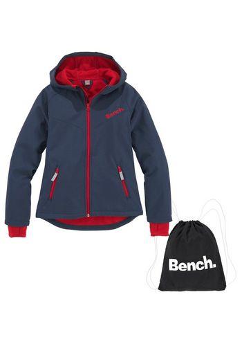 Спортивная одежда Bench.