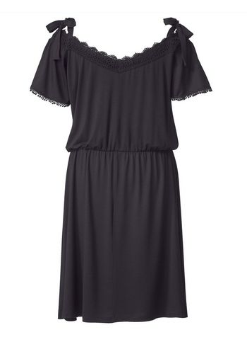 Кружевное платье Sara Lindholm by Happy Size