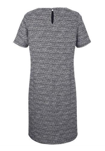 Платье-футляр m. collection