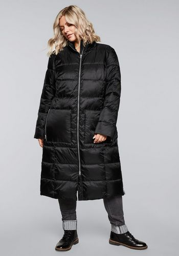 Стеганое пальто Sheego