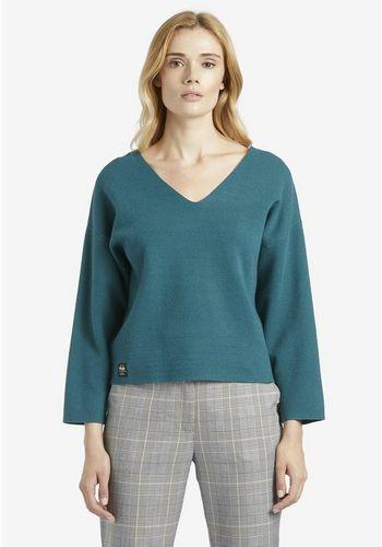 Пуловер с V-образным воротом khujo