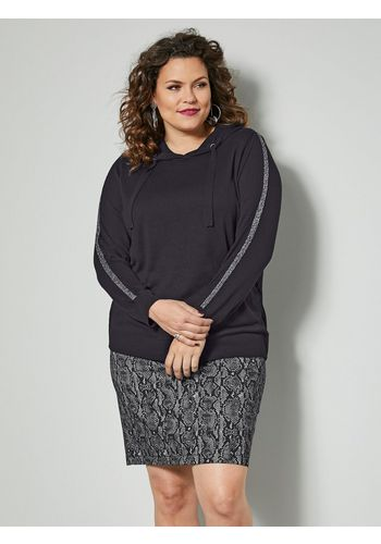 Пуловер в полоску Sara Lindholm by Happy Size
