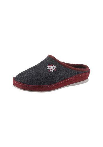 Домашняя обувь SCHAWOS